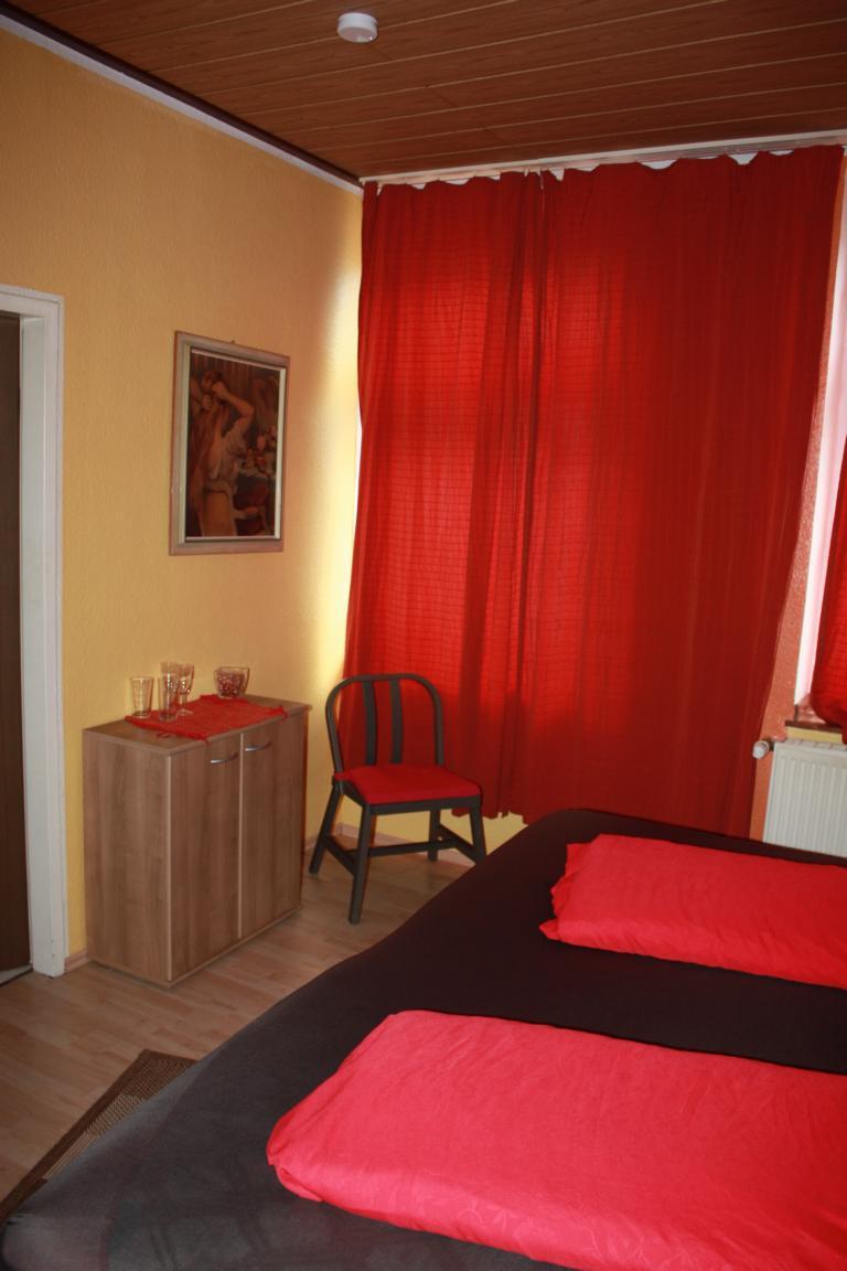 Stundenhotel, Stundenzimmer, Diskretezimmer in 51067 Köln