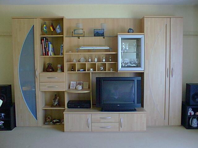 wohnzimmer schrankwand in 53859 niederkassel wohnzimmerschrank anbauwand. Black Bedroom Furniture Sets. Home Design Ideas