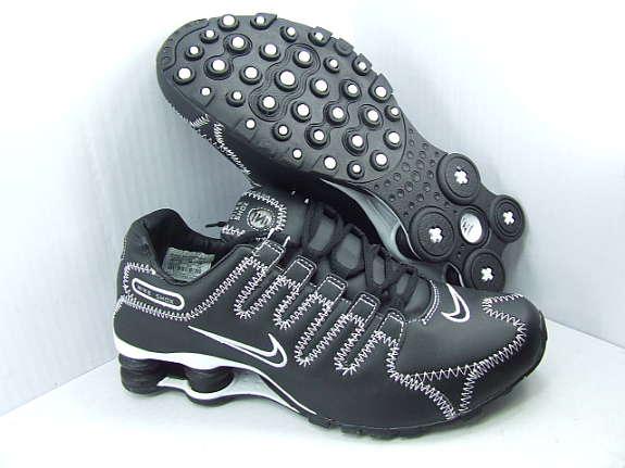 Nike Shox Schwarz Weiß