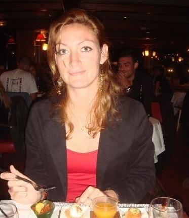 Reiche Frau ——reiche Frau sucht: April 2013