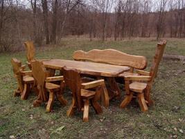 rustikale tische stuehle baenke aus massivholz in bonn speisezimmer essecke. Black Bedroom Furniture Sets. Home Design Ideas