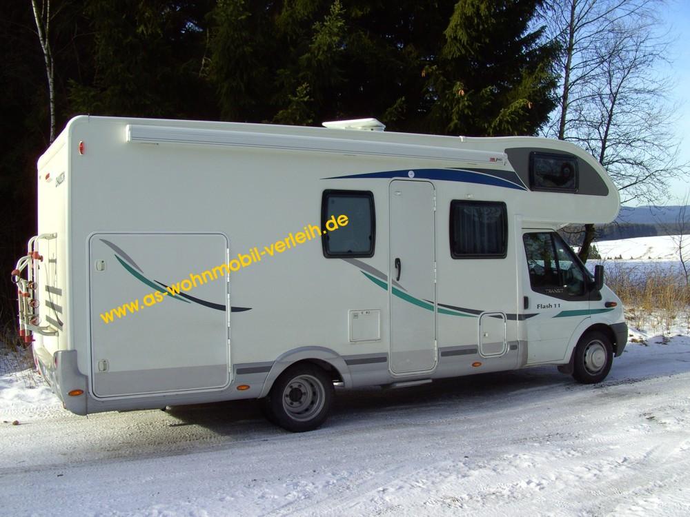 wohnmobil mieten reisemobil vermieten wohnwagen vermietung. Black Bedroom Furniture Sets. Home Design Ideas