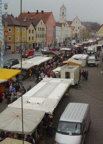 flohmarkt standplatz in 94501 aidenbach flohmarktartikel. Black Bedroom Furniture Sets. Home Design Ideas