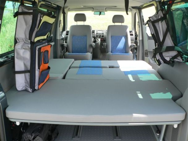 vw multivan t5 beach 2 5 tdi in 38458 velpke vw mulitvan. Black Bedroom Furniture Sets. Home Design Ideas